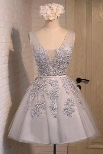 Charming Grey Homecoming Dresses,Short Prom Dresses,V Neck Tulle Lace Applique Mini Dresses