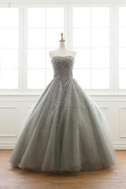 Luxury Grey Tulle Long Quinceanera Gown Featuring Sweetheart Neckline, Floor Length Beaded Prom Dresses