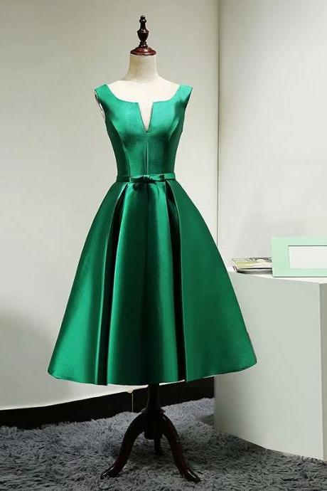 2019 Green V Neck Short Homecoming Dresses With Belt Evening Cocktail Gown Bridesmaid Formal Graduation Dresses