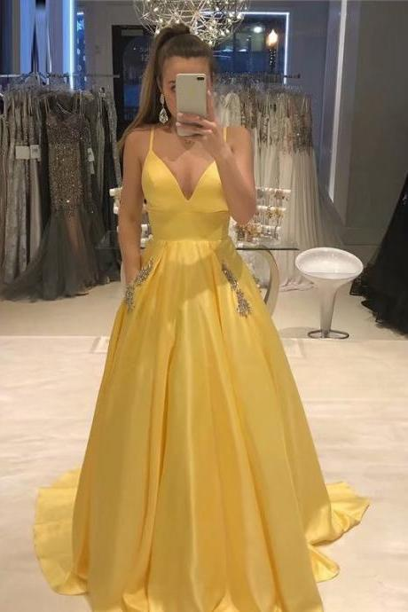 Yellow Women Dresses Prom Dress With Pockets Beaded Spaghetti Straps Neck Long Women Party Dress