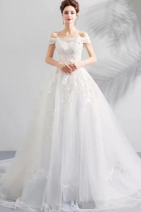 2019 New Boat Neckline A Line White Ivory Wedding Dress 2019 Wedding Gown Chapel Train Princess Vintage Bridal Dress