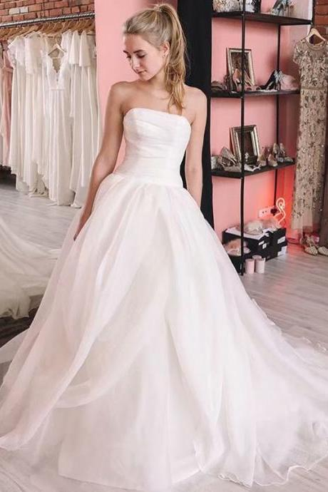 2019 New Organza Ball Gown White Ivory Wedding Dress 2019 Wedding Gown Chapel Train Princess Vintage Bridal Dress
