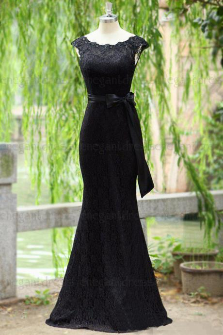Charming Lace Trumpet Black Prom Dresses Featuring Bateau Neckline Floor Length Elegant Formal Evening Gowns